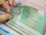 Россияне могут столкнуться с проблемой получения шенгена из-за нового закона о переносе серверов