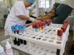 В США могут снять запрет для геев выступать донорами крови