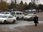 Власти Туркмении запретили ввозить встрану черные автомобили— СМИ