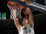 Тимофей Мозгов набрал 11 очков в игре НБА