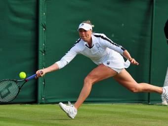 Вера Звонарева вышла в 3-й круг турнира в Сан-Диего