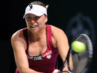 Звонарева проиграла в полуфинале итогового турнира WTA