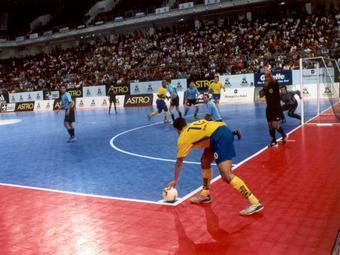 Мини-футбольный клуб «Дина» готовится к сезону