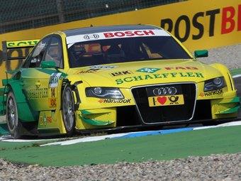Мартин Томчик стал победителем британского этапа гонки DTM