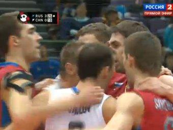 Российские волейболисты выиграли второй матч Кубка мира