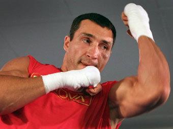 Бой Владимира Кличко отменен