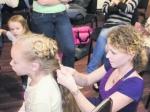 «Девочке шесть лет, а волосы— до попы»