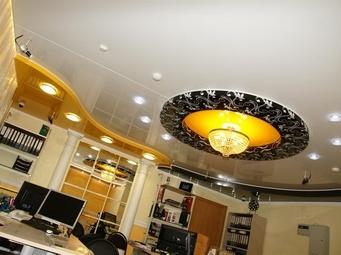 Натяжной потолок: модно и практично