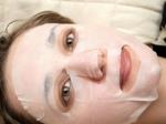 Какие косметологические процедуры хорошо проходить осенью?