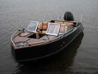 Удобный каютный катер на доступных условиях