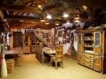 Мебель из массива сосны: экологичность и качество