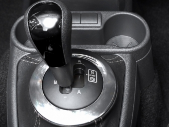 В2015 «АвтоВАЗ» выпустит Lada Kalins илифтбэк Granta «сроботами»