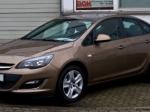 Opel Astra неожиданно возглавил список самых популярных седанов натерритории России