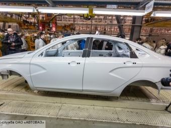 АвтоВАЗ может вовторой раз повысить цены намашины Lada в2015 году