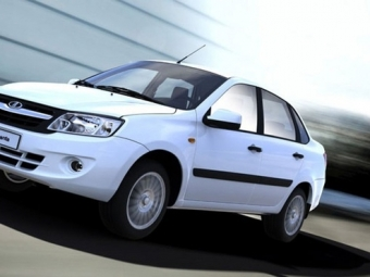 Премиальный Hyundai Genesis получит новые комплектации