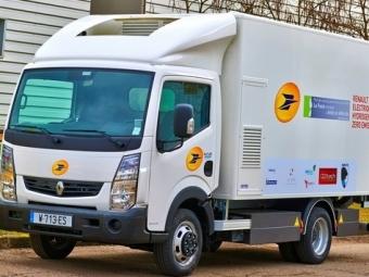 ВоФранции почтовая компания испытывает новый грузовик отRenault Trucks наводородном топливе