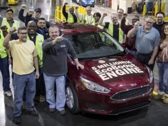 Компания Ford назаводе вМичигане выпустила пятимиллионный автомобиль сдвигателем EcoBoost