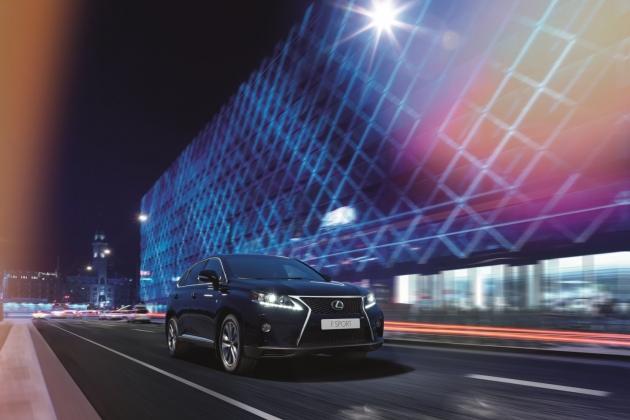 Lexus в России ставит рекорды продаж