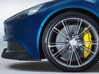 Aston Martin DBX получит электромоторы вколесах