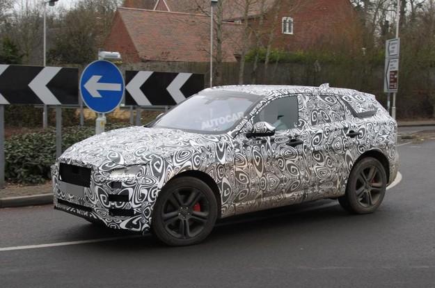 Jaguar официально подтвердил премьеру серийной версии F-Pace воФранкфурте