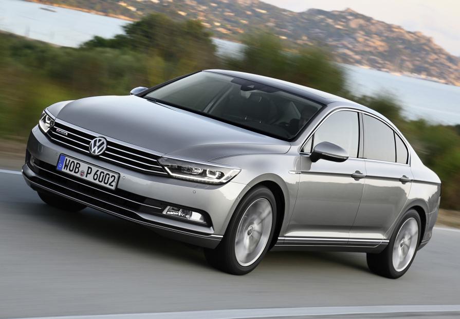 Volkswagen принимает заказы нановый седан Passat