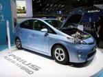 Toyota представила гибрид Prius Plug-in