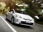 Toyota Prius: фейслифтинг, спортпрототип и… кемпер!