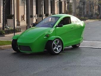 Трёхколёсный автомобиль произвёл фурор в США