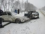 Автобус спассажирами протаранил фуру под Тулой