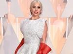 Леди Гага обручена