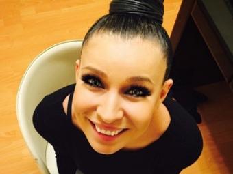 Певица Ёлка представила клип «Пара»
