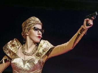 Новости шоу— бизнеса 18марта: Ксения Собчак дебютировала натеатральной сцене