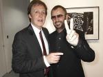 Пол Маккартни введет Ринго Старра вЗал славы рок-н-ролла