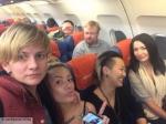 Нафоне Милонова устроили фотосессию целующиеся ЛГБТ-активистки