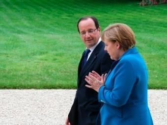 Порошенко, Меркель иОлланд проводят встречу тет-а-тет