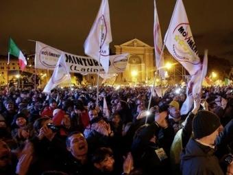 Замноготысячным митингом вРиме следили 4 тысячи полицейских