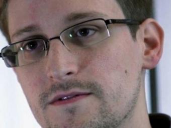 Сноуден хочет получить политическое убежище вШвейцарии