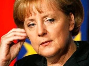 А.Меркель против отмены санкций вотношенииРФ