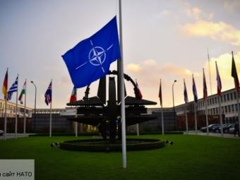 Россия указала НАТО наопасность поставок оружия наУкраину