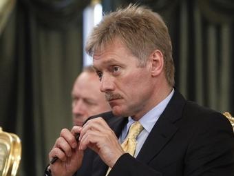 Песков: Кремль рассматривает вопрос опомощи СМИ впериод кризиса