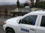 Украина отвела значительную часть тяжелых вооружений— Порошенко
