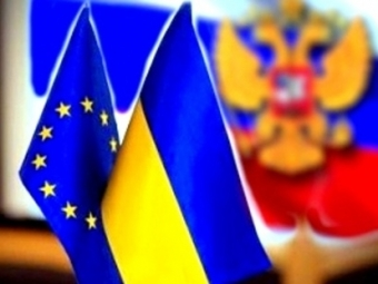 Мыожидаем сильной реакции ЕС, если Россия непокинет Крым— Порошенко