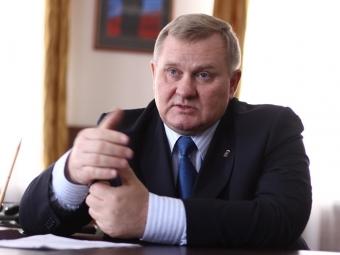Вячеслав Сверчков сложил полномочия Главы города