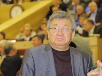 Осужденный депутат Хван уезжает изНовосибирска
