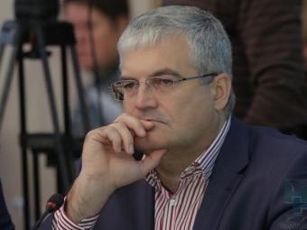 Глава фракции единороссов вгорсовете Новосибирска вышел изпартии