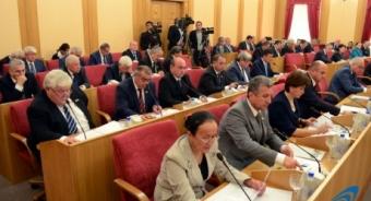 Душанбе избрал своих сенаторов