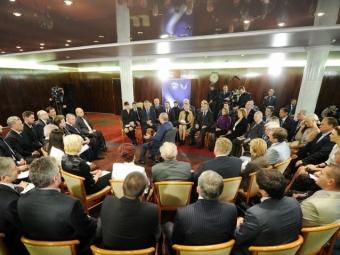 Напраймериз «Единой Росии» выдвинулись первые кандидаты вдепутаты ЗСО