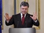 Порошенко: Украина упростит предоставление гражданства преследуемым вРФ активистам