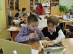 Впяти школах столицы тестируют новую систему оценки знаний учеников