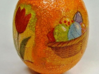 Яйцо перепутали сгранатой